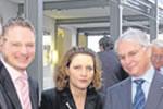 v.l.: Stefan Klein, Carola Reimann (MdB), P.-J. Schneider (Salzgitter AG)